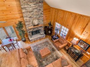 ALAVHR log cabin interior
